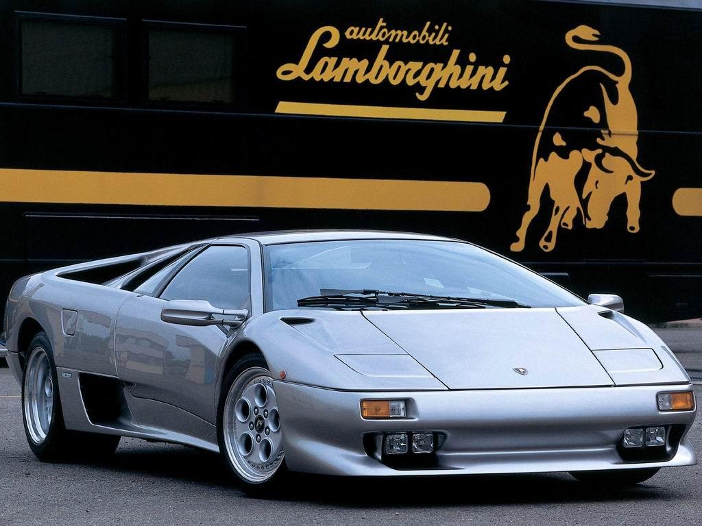 Muchas imagenes de Lamborghini diablo (solo imagenes)